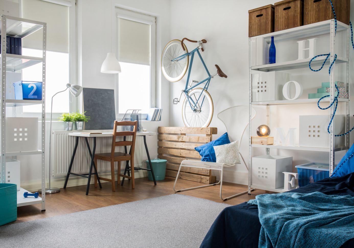 comment optimiser les petits espaces log home. Black Bedroom Furniture Sets. Home Design Ideas